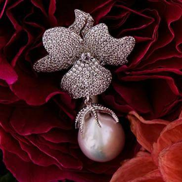Baroque Pearl White Flower Drop Earring Silver - LATELITA