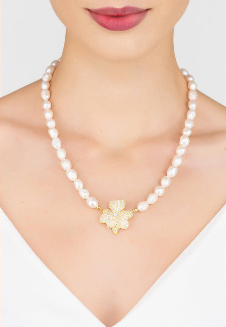 Flower Pearl Mid Length Necklace White CZ Gold - LATELITA