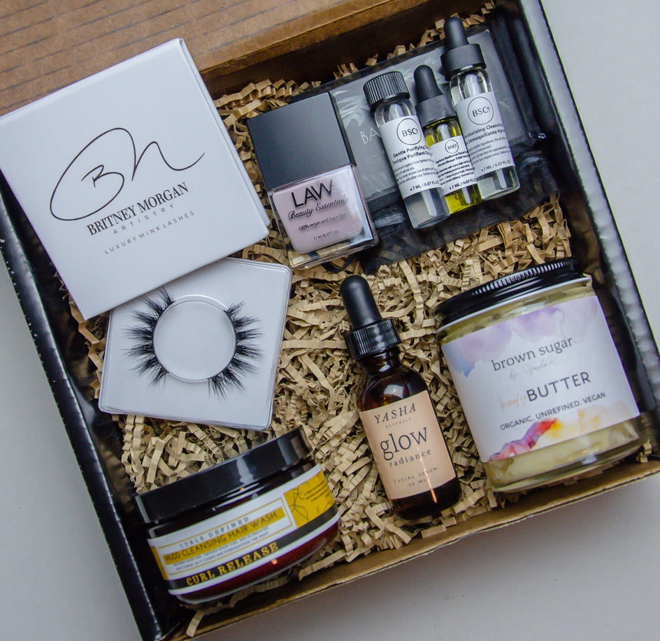Chic Essentials Box