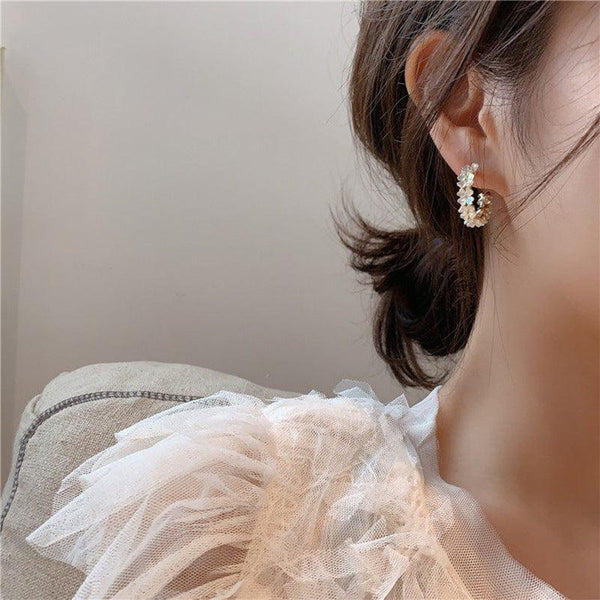 Shell Flower Hoop Earrings 068 - Abbott Atelier