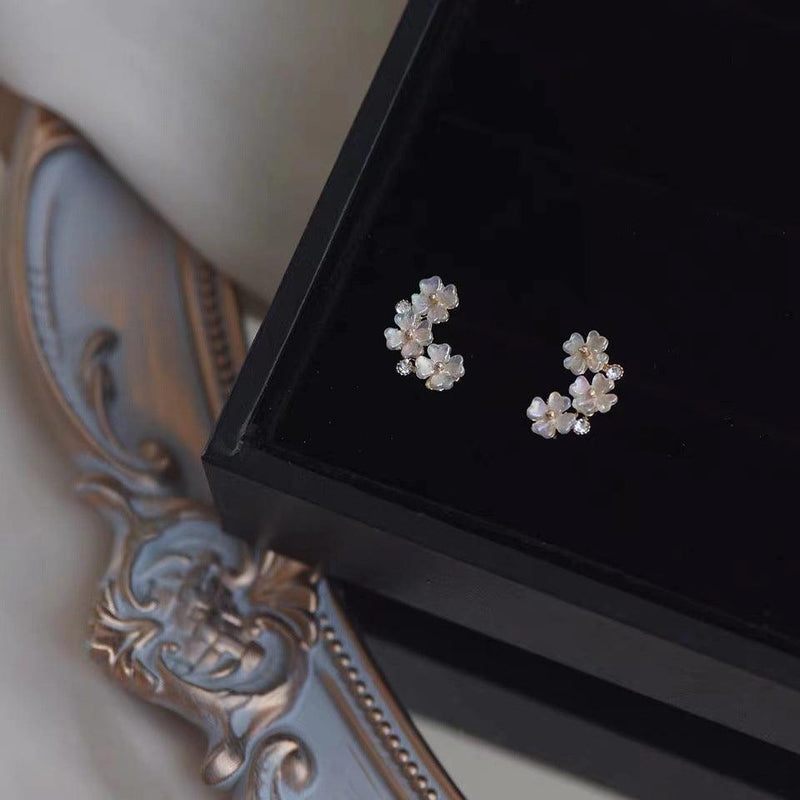 Shell Flower Earrings 011 - Abbott Atelier