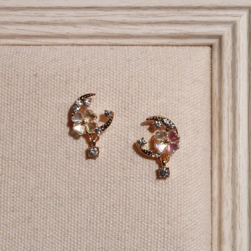 Shell Flower & Moon Earrings 021 - Abbott Atelier