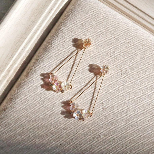 Shell Flower Earrings 041 - Abbott Atelier