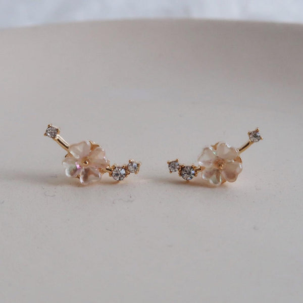 Shell Flower Stud Earring 042 - Abbott Atelier