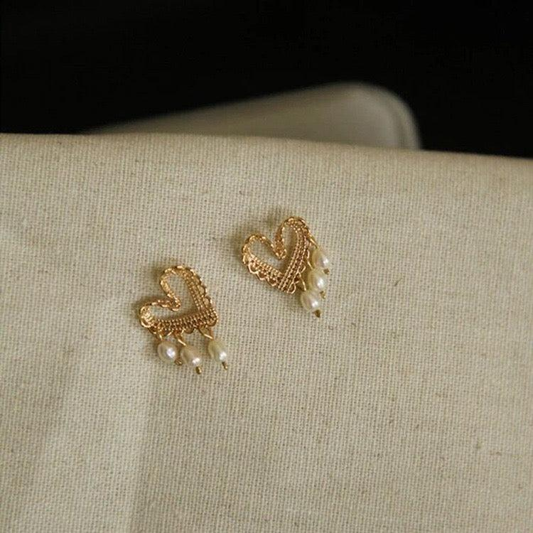 Heart & Pearl Stud Earrings 142 - Abbott Atelier