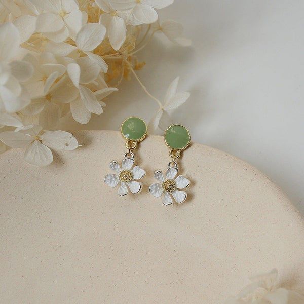 Flower Earrings 146 - Abbott Atelier