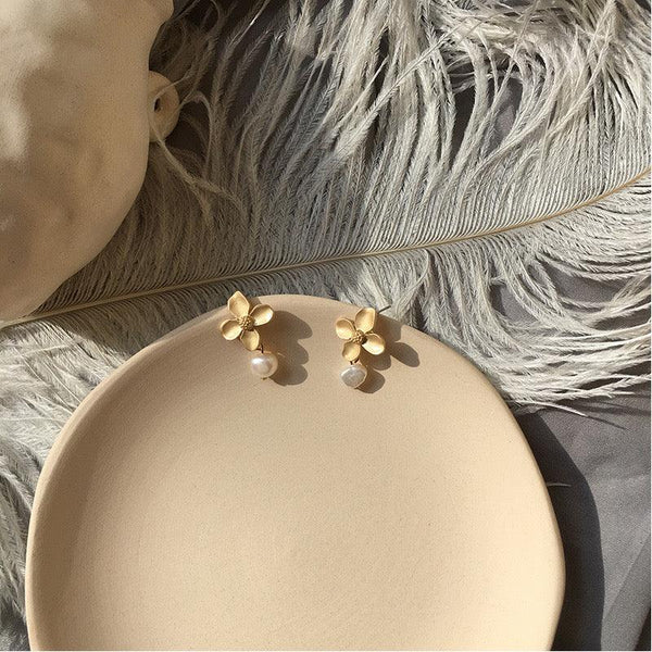 Flower & Pearl Earrings 159 - Abbott Atelier