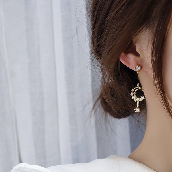 Moon & Star Earrings 231 - Abbott Atelier