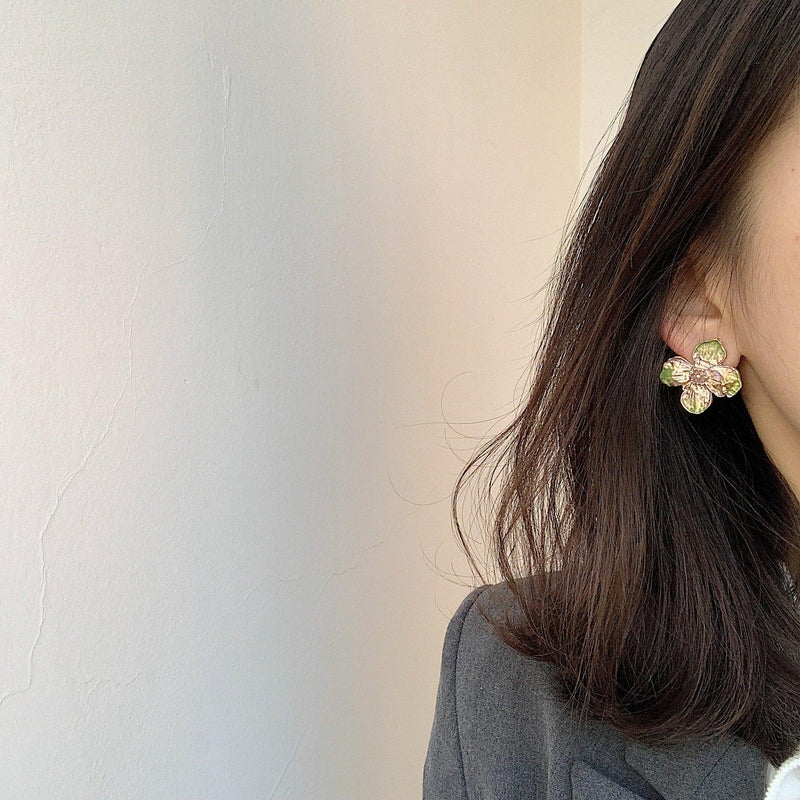 Flower Earrings 255 - Abbott Atelier