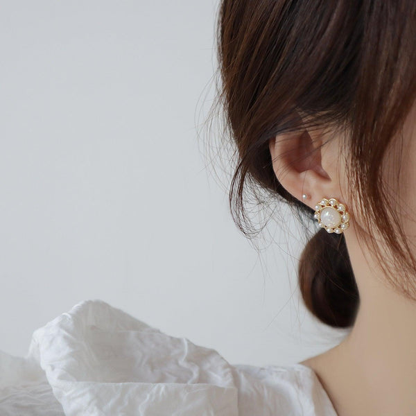 Baroque Stud Earrings 351