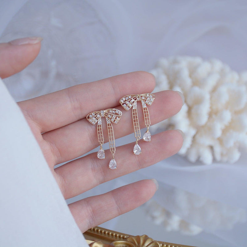 Bow Earrings 381