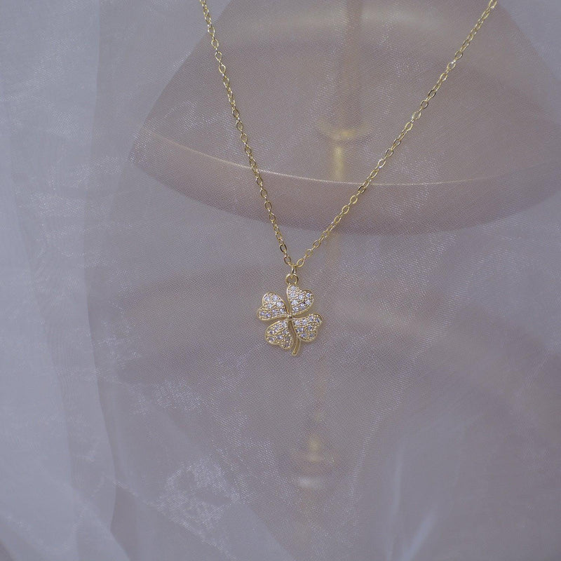 Four-Leaf Clover Necklace 044