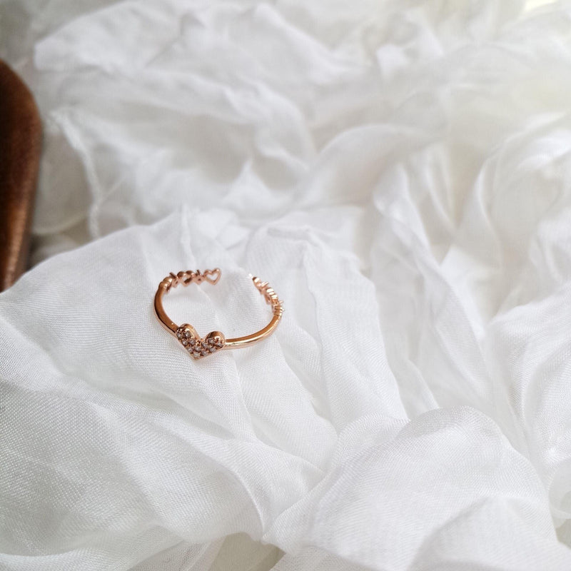Heart Ring 019 - Abbott Atelier