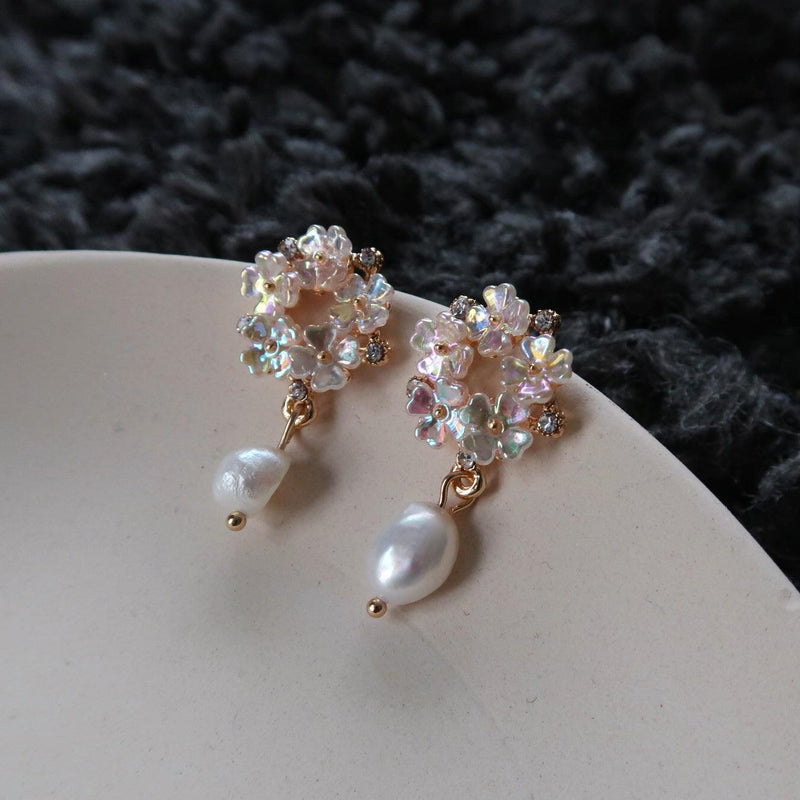 Shell Flower Earrings 007 - Abbott Atelier