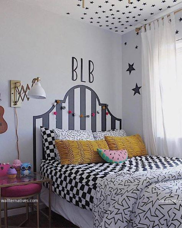 The Easiest Teen Bedroom Makeover - Affordable DIY Decor - Headboard Decals, Star Decals, Removable Decals from wallternatives.com