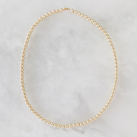The Large Classic: Necklace with Large Gold Beads