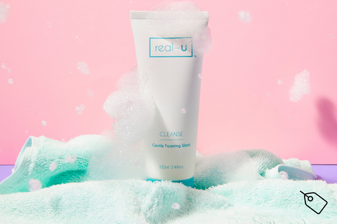 real-u Cleanse gentle acne face wash with face cloth