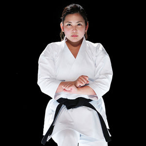 Emiko Kawasaki performing Karate Kata with HAYATE Karate Gi - CF-1 Classic Kata Set