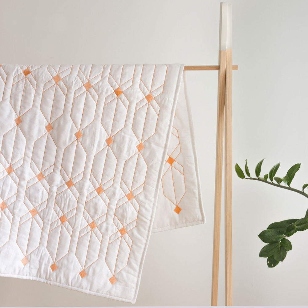 BABY PLAY MAT/ COT QUILT- DESTELLOS PAPAYA