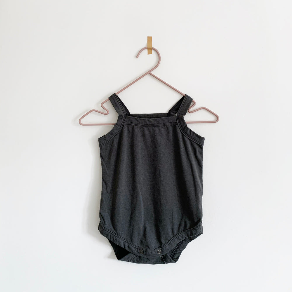 MONBEBE SQUARE NECK BODYSUIT CHARCOAL