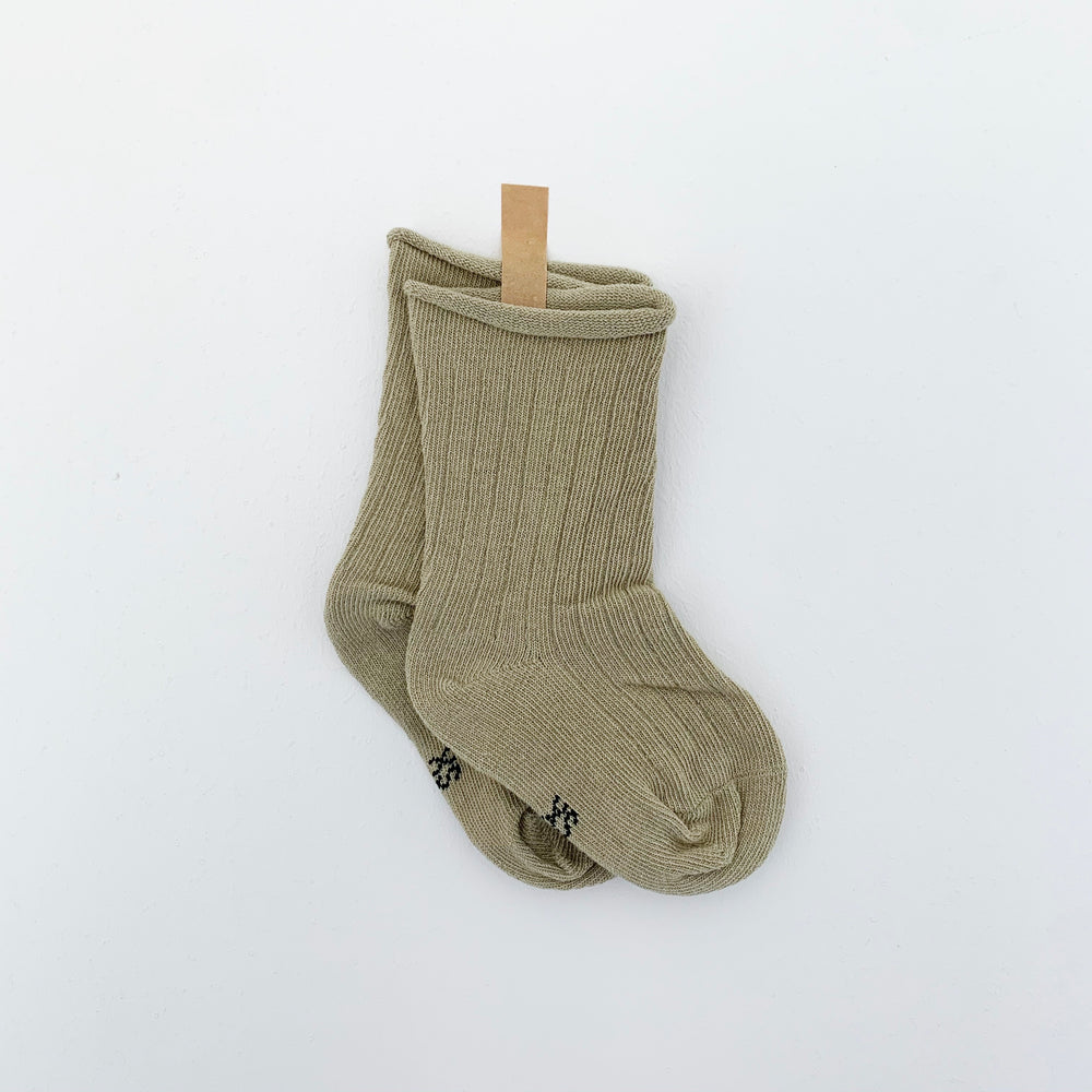 TINY TROVE RIBBED SOCKS PISTACHIO