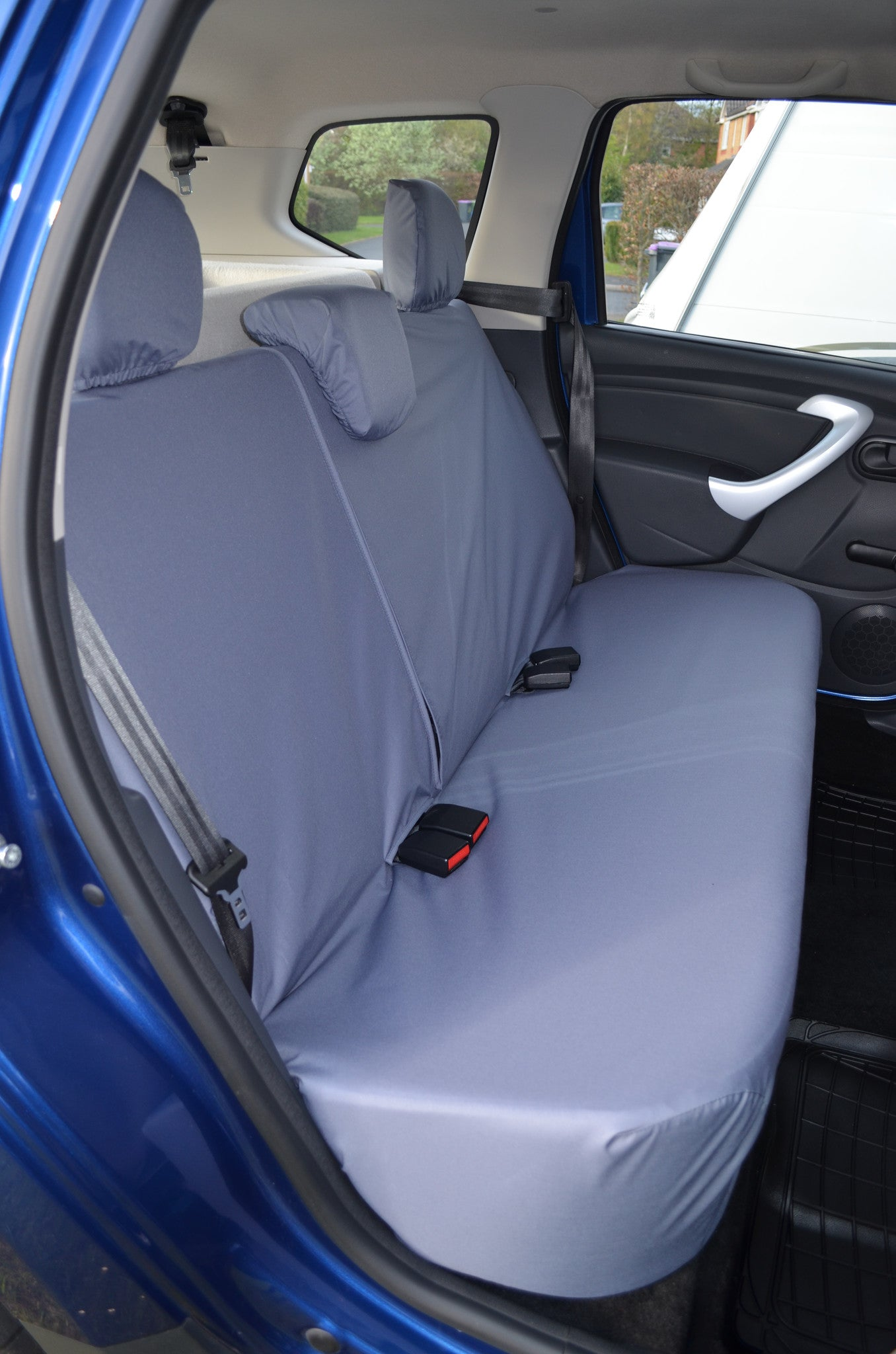 dacia duster 2013 tailored waterproof front rear seat covers turtle covers ltd. Black Bedroom Furniture Sets. Home Design Ideas