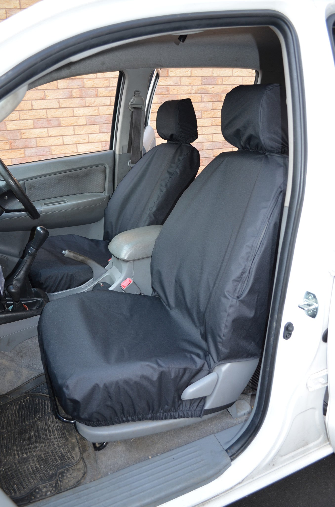 Toyota hilux 2005 2016 seat covers