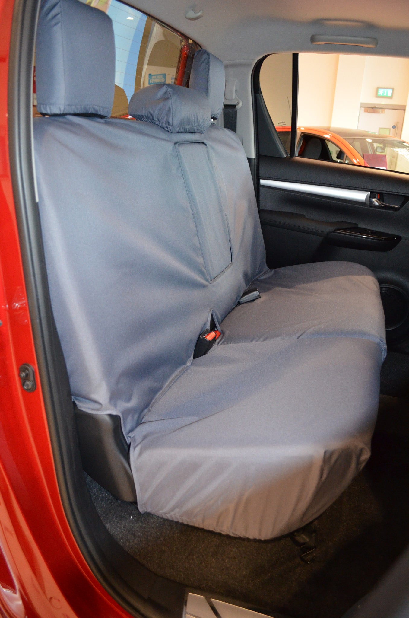 Enjoyable Toyota Hilux Invincible 2016 Custom Fit Waterproof Seat Covers Short Links Chair Design For Home Short Linksinfo