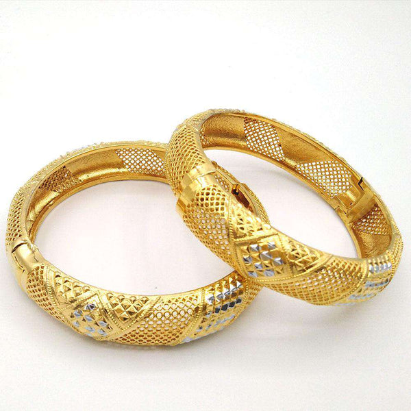 New Vintage Design Set of 2 Bangles