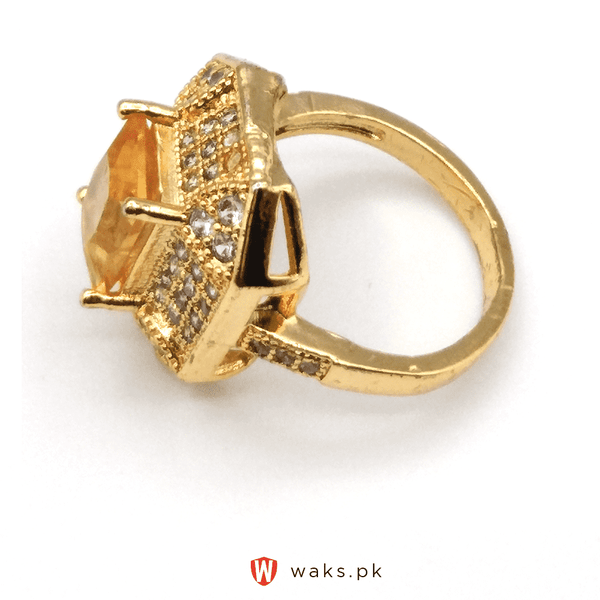 Yellow Stone Zircon Ring - Gold