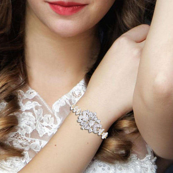 Astonishing Silver Braclet For Girls