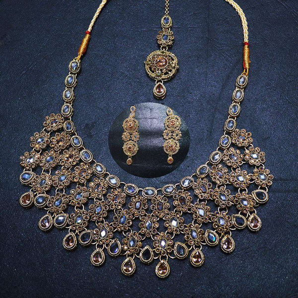 Outstanding Looking Indian Set