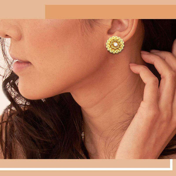 Fashion Stars Golden Earrings