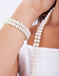 Long Strand Pearl Bracelet Necklace Set - link has visual effect only