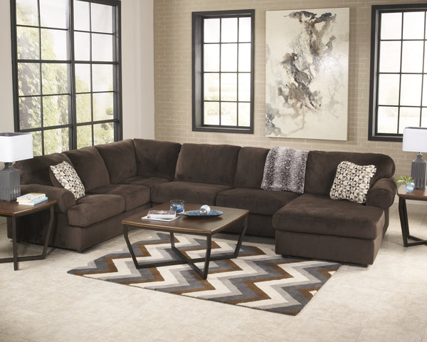 Jessa Place Signature Design by Ashley Sectional