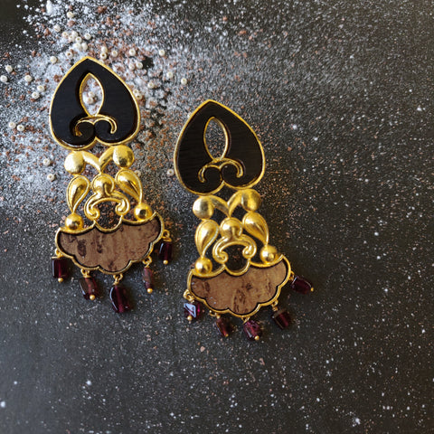 Jharoka Dangler Earrings-Garnet