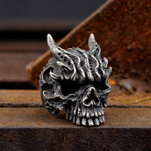 Load image into Gallery viewer, Black Asura Skull Ring