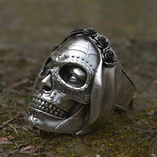 Load image into Gallery viewer, Muerte Sugar Rose Skull Ring
