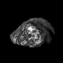Load image into Gallery viewer, Gothic Crow Skull Signet Ring