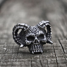 Load image into Gallery viewer, Horned Devil Rune Skull Ring