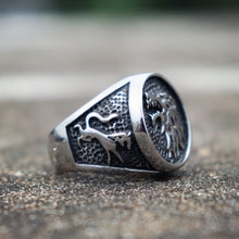 Load image into Gallery viewer, Direwolf Wolf Ring
