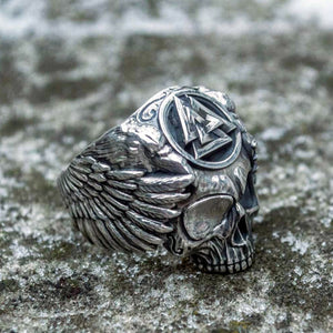 Odin with Ravens Ring