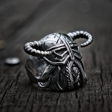 Load image into Gallery viewer, Vikings Horns Helmet Ring