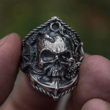 Load image into Gallery viewer, Seaman Octopus Skull Ring