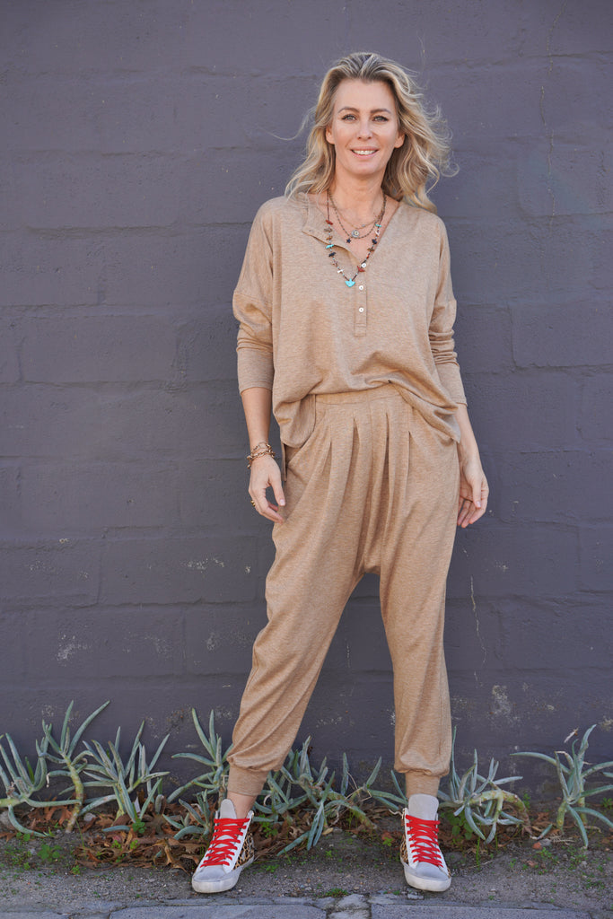 Fawn Luxe GrandPa Top - desray.co.za