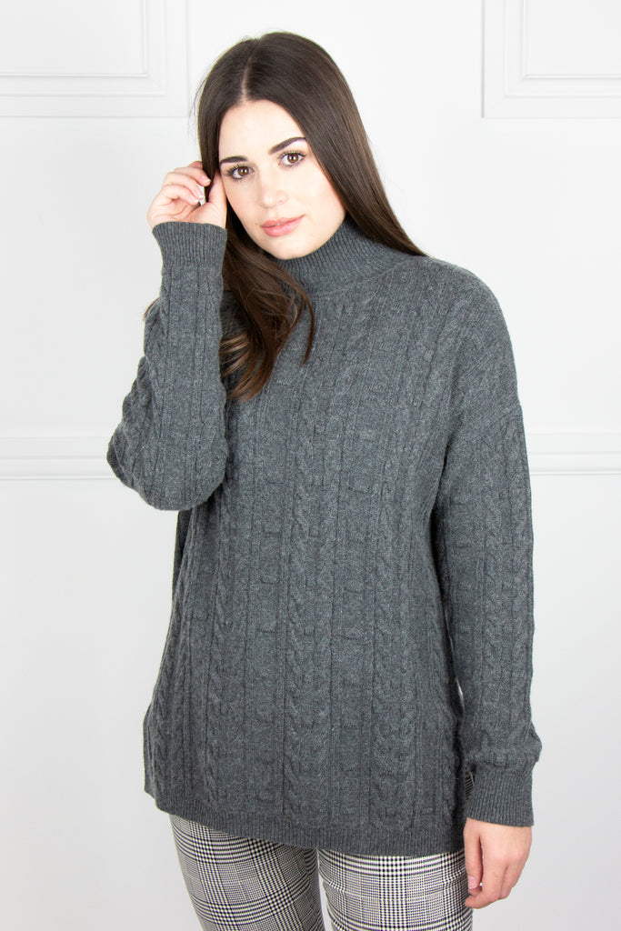 Grey Cable Pullover - desray.co.za
