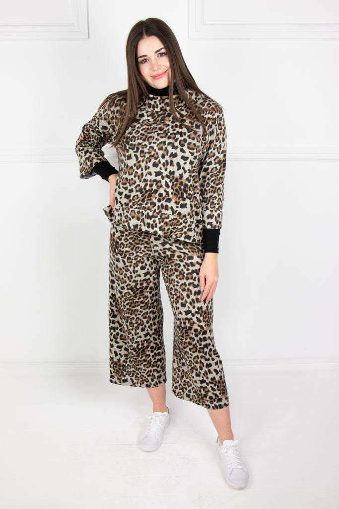 Animal Flared Pants - desray.co.za