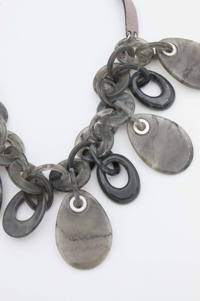 Grey Large Disc Necklace - desray.co.za
