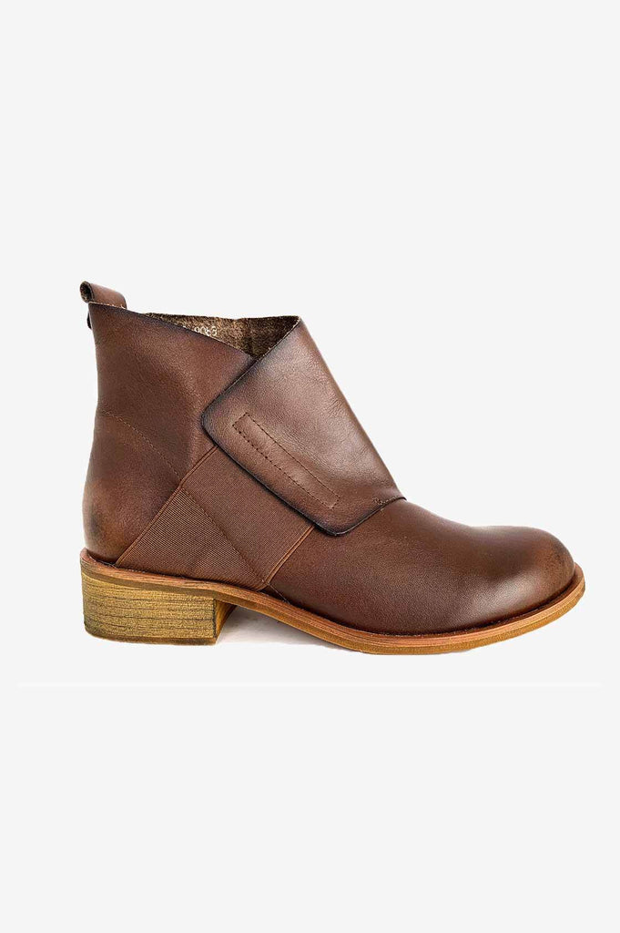 Tan Boots - desray.co.za