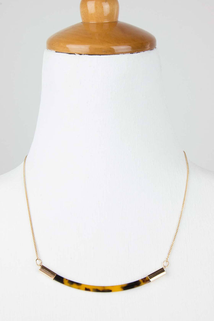 Tortoise Shell Gold Necklace - desray.co.za